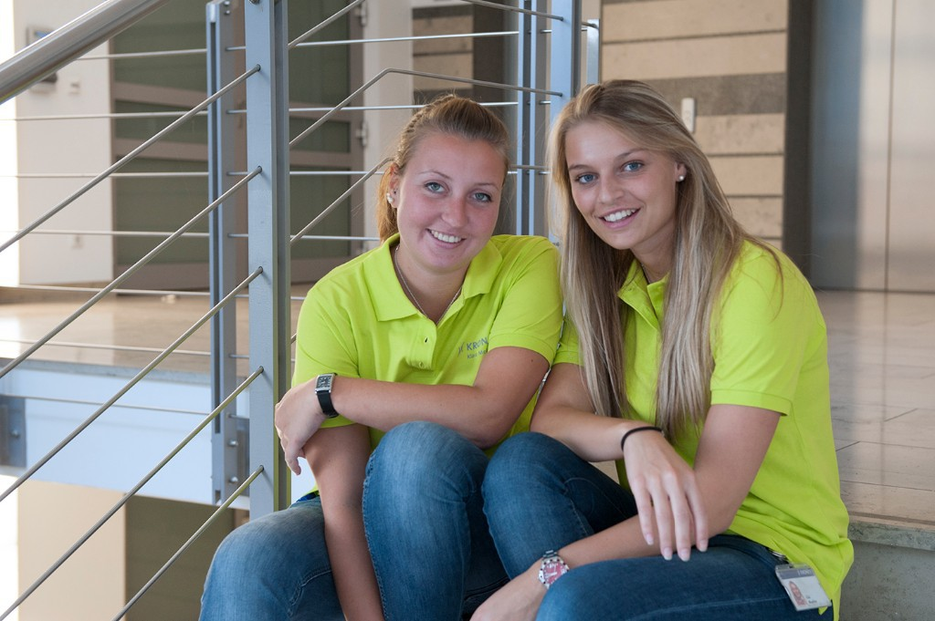 Trainee at fair Sales Team: Fit for the fair – Lisa and Klara get cracking