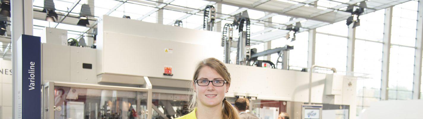 Trainee at fair: Frauen und Technik…