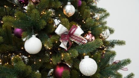 400 Christkinder und Weihnachtsmänner in Neutraubling