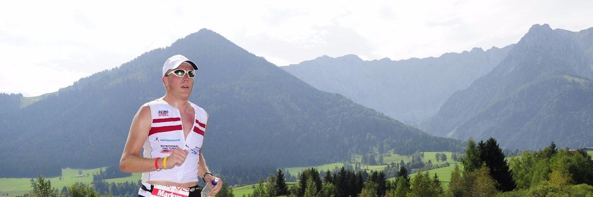 Cycling, triathlon, football – sport as a counterbalance