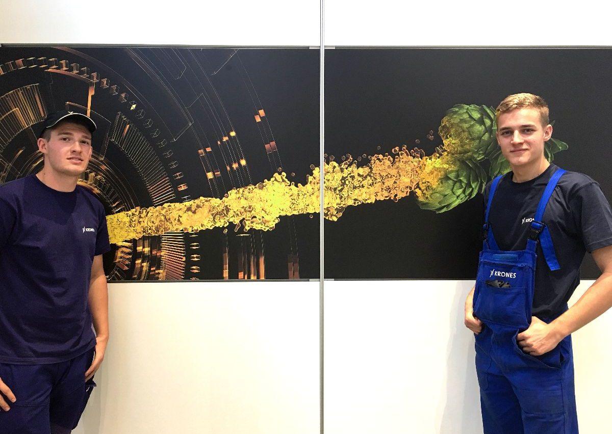 Drei Fragen an Florian und Sebastian: Als Azubis beim Aufbau dabei